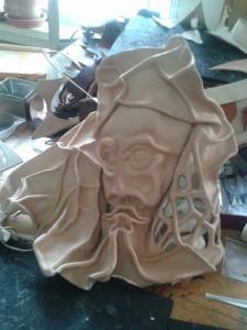 Escultura de cuero modelado de una de nuestras alumnas