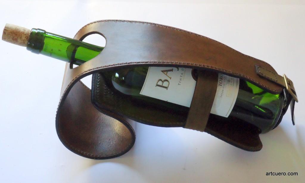 botellero original en cuero Artcuero