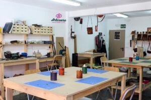 taller-de-cuero-taller-artesania-en-piel